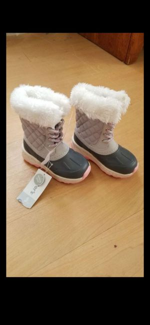 Snow boots (Carters) for Sale in Albuquerque, NM