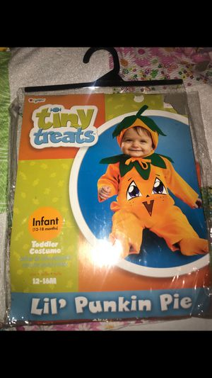 12-18m baby Costumes for Sale in Wayne, MI