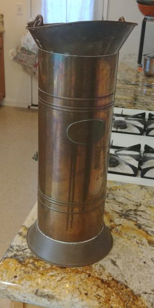 Vintage coal ash scuttle for Sale in Santa Ana, CA