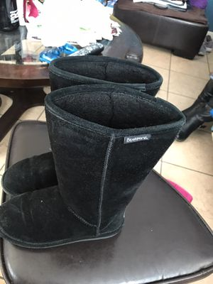 Bearpaw boots size 6 for Sale in San Diego, CA