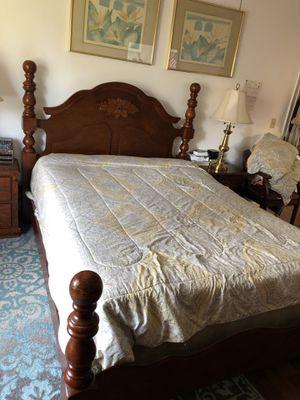 Queen bed room set for Sale in Orlando, FL