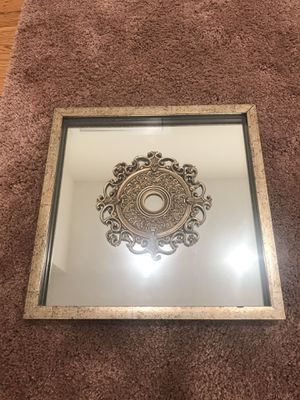 Decorative mirror for Sale in MIDDLE CITY WEST, PA
