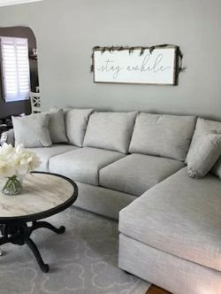 Brand New Gray (Left Side Chaise) Sectional for Sale in Waltham,  MA