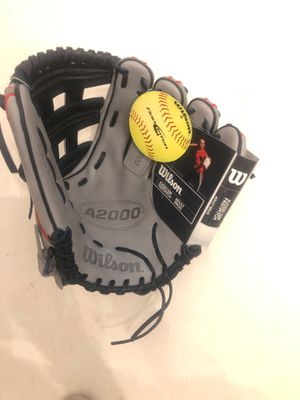Wilson a2000 Sierra Romero fast pitch softball glove for Sale in Winter Garden, FL