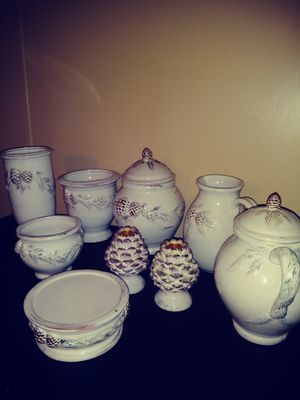 Vintage White Pine Earthenware Pottery for Sale in Millersport, OH