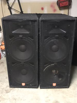 Jbl JRX 125 for sale one speakers is busted and also need both Diaphragms. 300 or Best offer. for Sale in Garland, TX