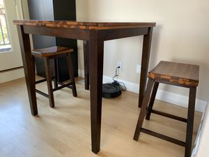 Pub/Counter Height Solid Mahogany Table and Two Stools for Sale in Kirkland, WA