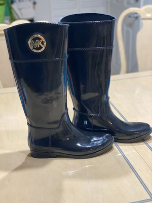 Rain Boots Michael Kors - New (Never used) Size 10 W for Sale in Boca Raton, FL