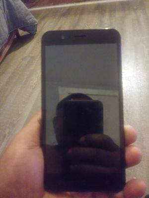 ATT Phone for Sale in Evansville, IN