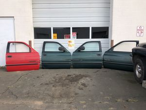 98-02 Dodge Ram southern rust free quad cab front doors for Sale in Wallingford, CT