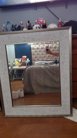 Espejo buen estado y tamaño for Sale in Santa Ana, CA