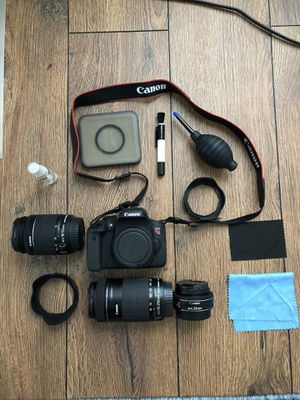 Canon camera set 1000 or best offer for Sale in Charlotte, NC