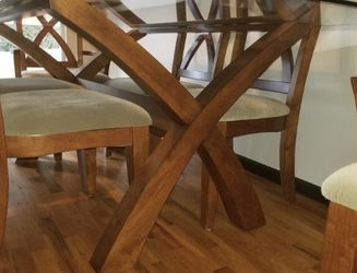 Dining Room Table - Glass And Wood for Sale in Renton,  WA