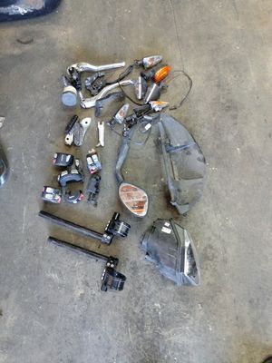 LATE MODEL BMW MOTORCYCLE PARTS LOT for Sale in Los Angeles, CA