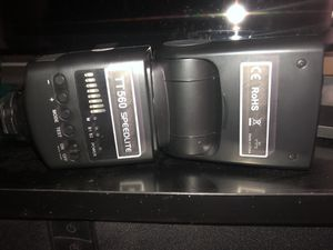Neewer speed light for Sale in Pittsburgh, PA