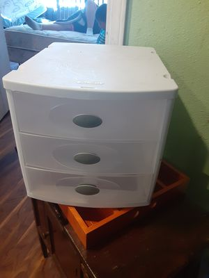 Small plastic drawers for Sale in Edgewood, WA