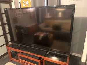 80 inch Sharp AQUOS Quattron TV for Sale in Lombard, IL