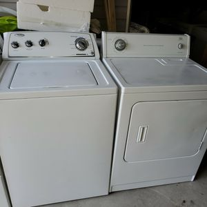 Washer and dryer in working condition. for Sale in West Columbia, SC