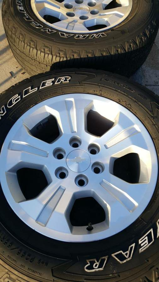 "18"" Chevy Rims and Tires"