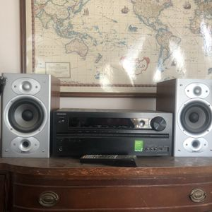 Polk Audio Speakers w/ Onkyo Reciever for Sale in Los Angeles, CA