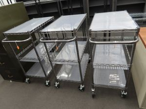 Mobile, metal wire rack cart. for Sale in Houston, TX