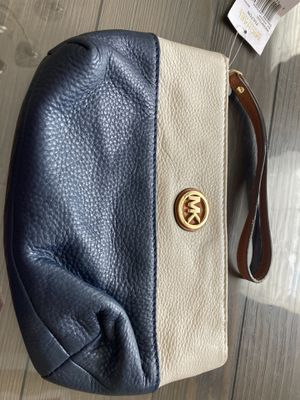 MK & Coach Wristlets for Sale in Hightstown, NJ