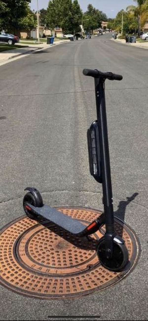 SEGWAY ES 4 🛴🔥🔥ELECTRIC SCOOTER 🛴 🔥 🔥 for Sale in Long Beach, CA