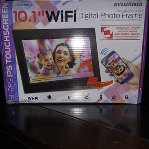 "10,1""wifi Digital photo Frame Ips Touchscreen. And also A Disney frozen 3piece Twin Sheet Set for Sale in West Haven, CT"
