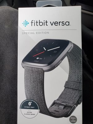 Fitbit versa for Sale in Fairmont, NC