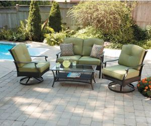 Outdoor conversation set for Sale in Dallas, TX