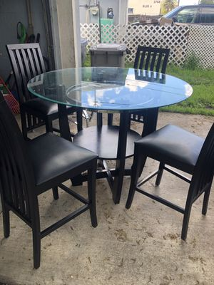 Glass table with 4 chairs for Sale in Sacramento, CA