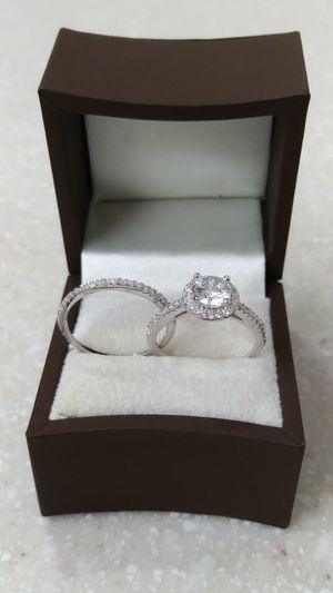 New with tag Solid 925 Sterling Silver ENGAGEMENT WEDDING Ring Set size 7 $150 set OR BEST OFFER **FOR CHRISTMAS WE SHIP!!📦📫** for Sale in Phoenix, AZ
