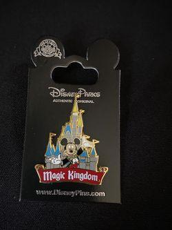 Disney Parks Magic Kingdom Castle Pin for Sale in Baldwin Park,  CA