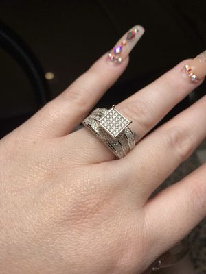 Size 9 New 925 sterling silver with cubic zirconia engagement wedding ring for Sale in San Antonio, TX