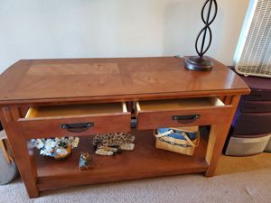 Console table for Sale in Columbus, OH