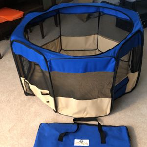 Zampa Dog Play Pen Folds Down Has Mesh Zip Top And 2 Dog Doors! Comes With Carry Case To Fold And Pack Away! for Sale in Hoffman Estates, IL