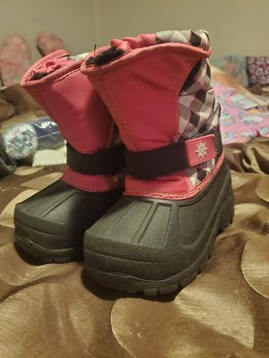 Snow boots toddler girl's size 7 for Sale in Mesa, AZ