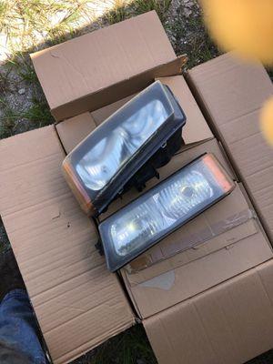 Chevy silverado headlights for Sale in Wauchula, FL
