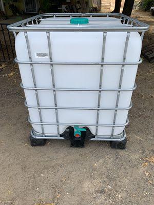 275 gallon water tote for Sale in Oroville, CA