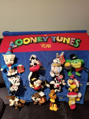 BEANIE BABY LOONEY TUNES CALENDAR 12 MONTH for Sale in Street, MD