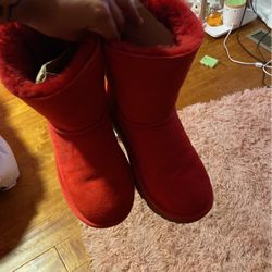 Red Uggs for Sale in Atlanta,  GA