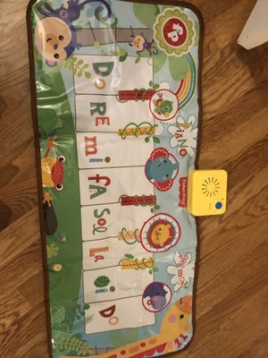 Fisher-Price Music - Piano/Keyboard - Dancin' Tunes Music Mat - Step On & Learn to Play with This El for Sale in Renton, WA