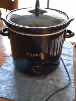 Crock-Pot Slow Cooker for Sale in Duncanville,  TX