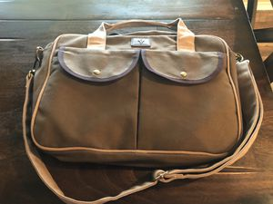 NEW **FYL Computer Messenger Bag w/portable battery pack charger for Sale in Temple, TX
