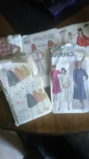 Five Simplicity Sewing Patterns for Sale in Wichita, KS