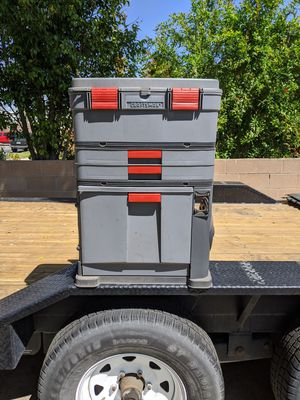 Craftsman expandable tool box - plastic for Sale in Burbank, CA