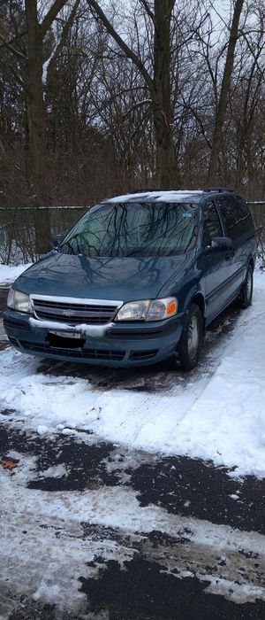Chevy Venture 2004 LS for Sale in Westmont, IL
