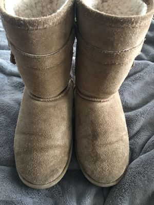 Women's bear paw boots for Sale in Yardley, PA
