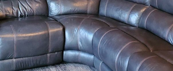 Power Recliner Sectional for Sale in Reedsville,  WV
