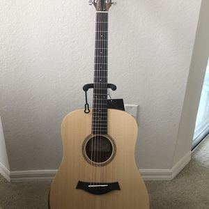 Taylor Academy-10 Acoustic Guitar for Sale in Tampa, FL